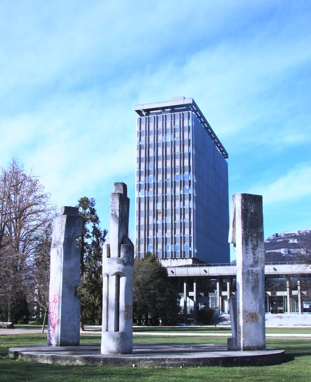 hôtel de ville de grenoble novarina JO 68