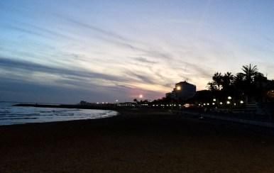 Atardecer en playa de la Ribera