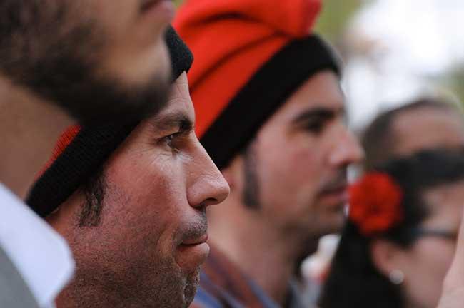Catalanes con barretinas tradicionales en las Caramellas de Sitges.