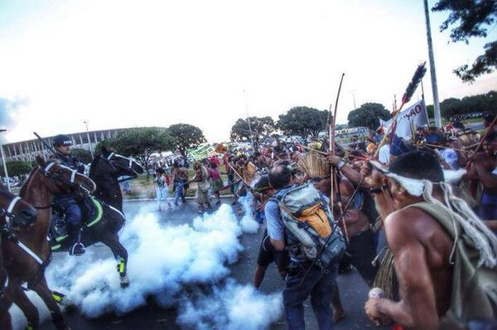 brazilians_protest_world_cup_10