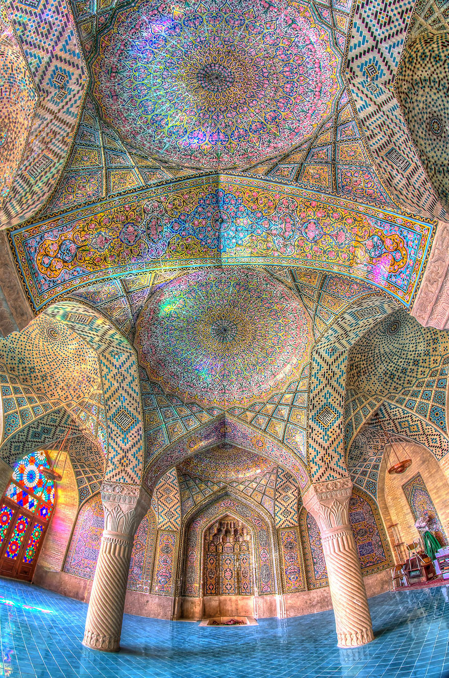https://i1.wp.com/lesmoutonsenrages.fr/wp-content/uploads/2014/11/beautiful-mosque-ceiling-31__880.jpg