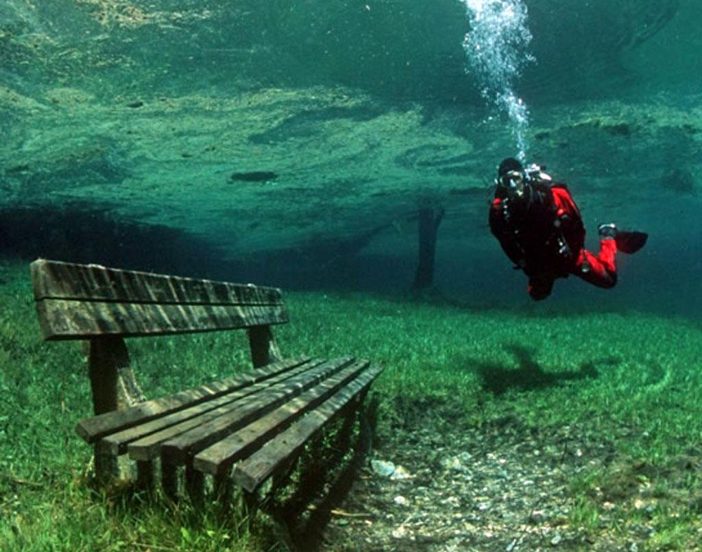 Le-lac-Gruner-See-Etat-de-Styrie-Autriche-photo-01