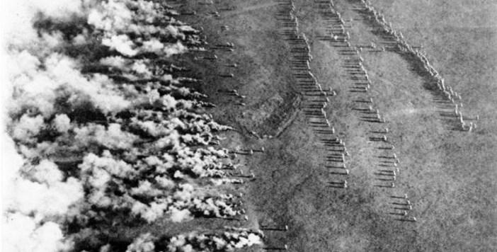 781px-Bundesarchiv_Bild_183-F0313-0208-007,_Gaskrieg_(Luftbild)