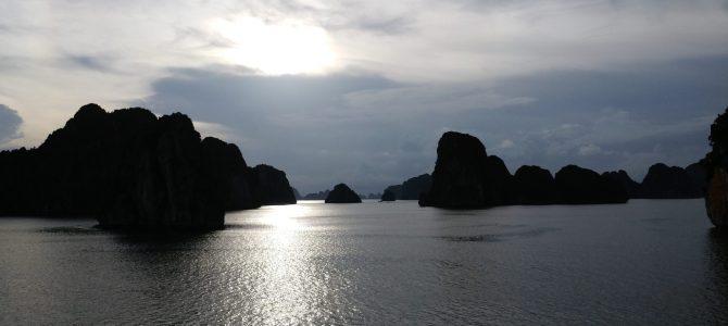 Vietnam – Jour 21 – La mythique Baie d'Halong