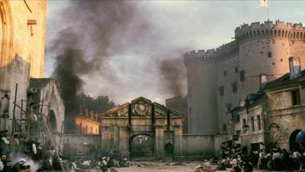 La prise de la bastille (image tirée du film La Révolution Française de Robert Enrico.