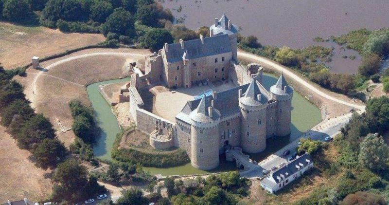 chateau fort suscinio bretagne romance médiévale