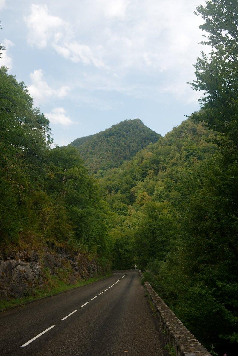 Dans la descente du col de Portet-d'Aspet