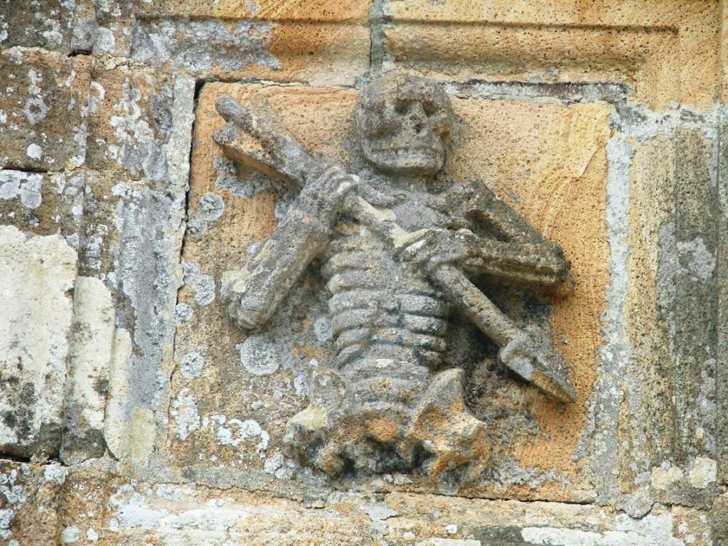L'Ankou ossuaire de Ploudiry