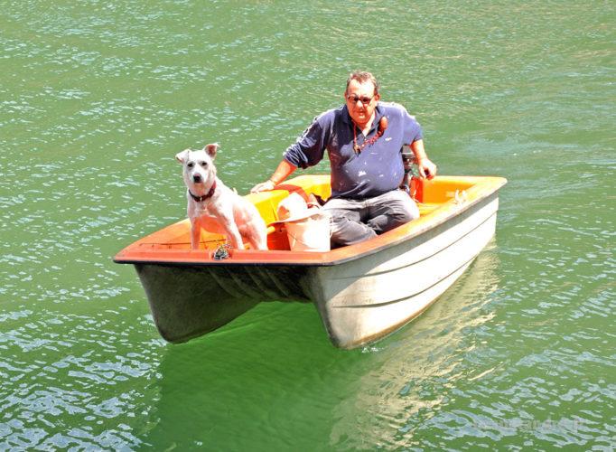 Eddy en barque sur le Tarn