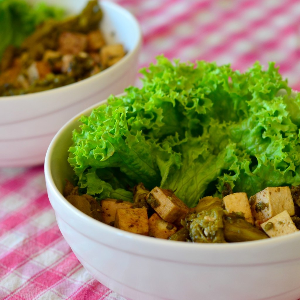 Poêlée de tofu aux asperges vertes