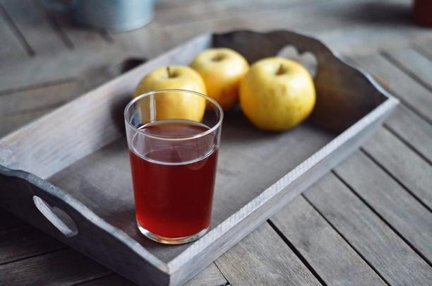 Rinçage acide au vinaigre de cidre : quel dosage ?