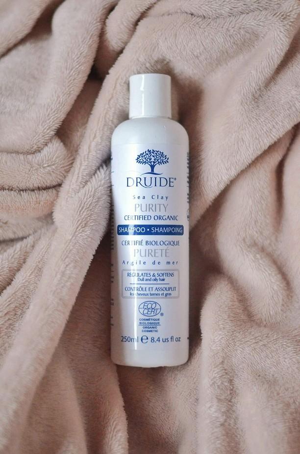 Un très bon shampooing bio pour cheveux gras et raplaplas