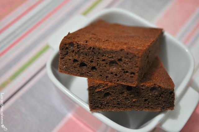 Gâteau au chocolat et à la purée d'amandes grillées