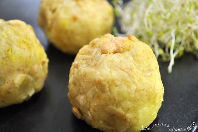 Boulettes épicées de pomme de terre et noix de cajou
