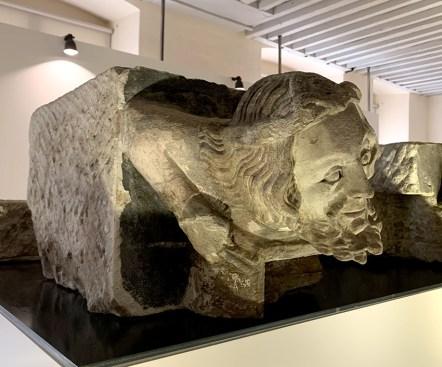Tête sculptée de la Maison Tavel