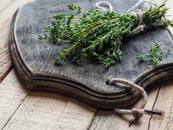 huiles essentielles pour le mal de gorge