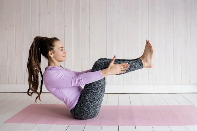 postures de yoga pour muscler votre périnée