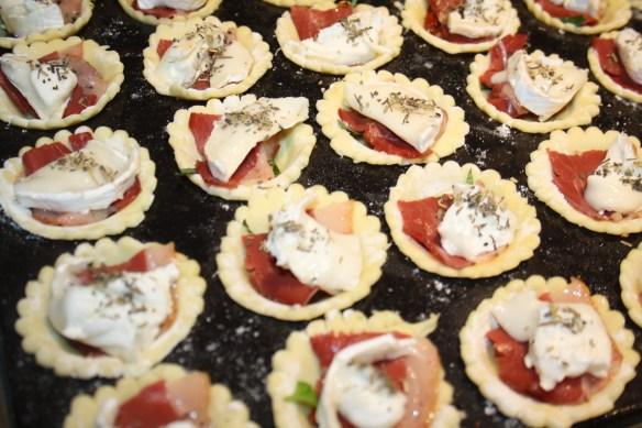 Tartelettes Tomates confites magret chèvre 1