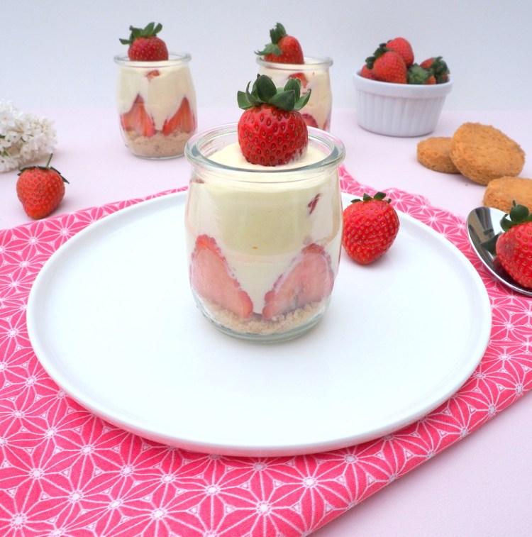 verrines chocolat blanc fraises