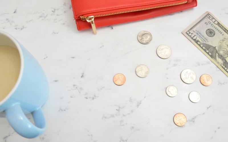 Apprendre à se détacher de l'argent pour mieux avancer dans sa business