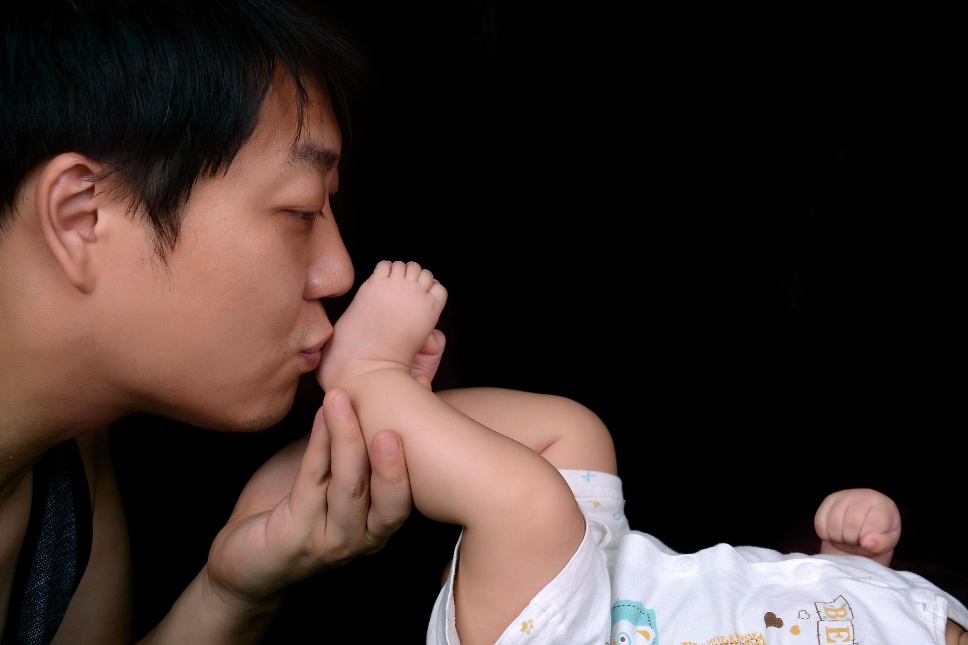 l'allaitement vu par des pères interview lesptitesmainsdabord