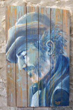 portrait d'homme peinture sur bois par l'artiuste française Coraline Van Butsele