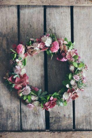 Couronne fleurs roses