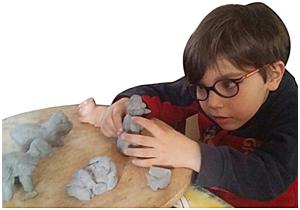 L'atelier enfant pâte à papier