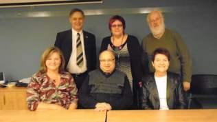 assis: Suzanne Barette,Jean-Claude Bois,Gaétane Daoust, Debout: Bernard Gravel, Nicole Lapointe,André Bernard
