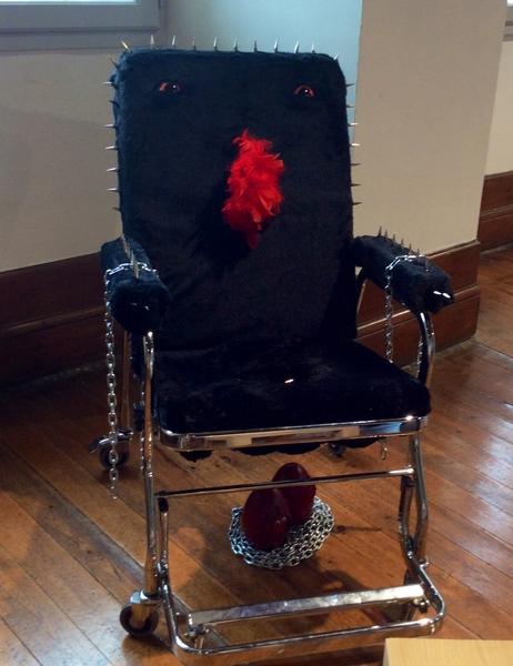 la chaise féroce Bob COUGAR (5)