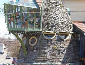 A view of Cincnnati's Mushroom House
