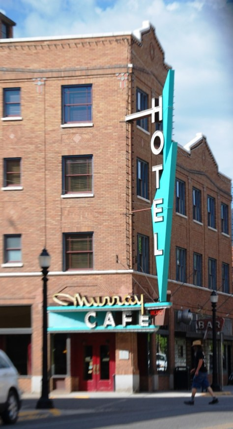 Classic Neon sign in Livingston, Montana