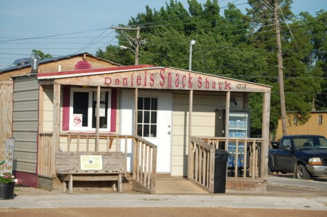 Daniel's Snack Shack, Shelby, MS