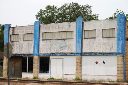 This used to be Eddie's Garage...in Damon, TX
