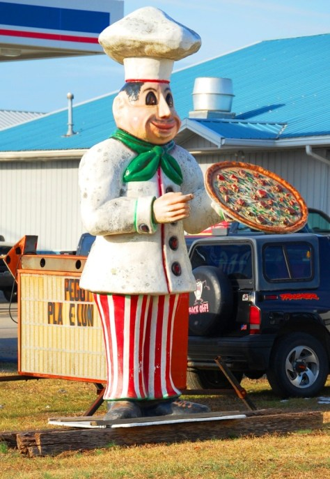 A 10 foot tall fiberglass pizza guy in Tennessee