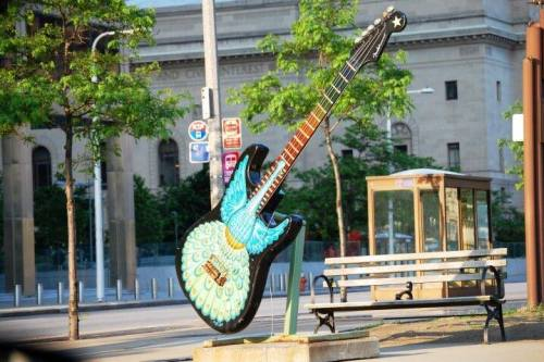 Rock & Roll Guitar - there are about 4 of these in the area