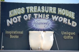 King's Treasure World, Roswell