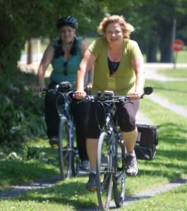 Julianne and Marissa on the trail to Abingdon, VA