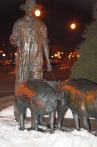 Pig Farmer statue in front of museum