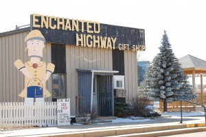 Enchanted Highway Gift Shop in Regent, ND - closed the day were there