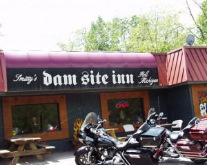 Dam Site Inn - Hell, Michigan
