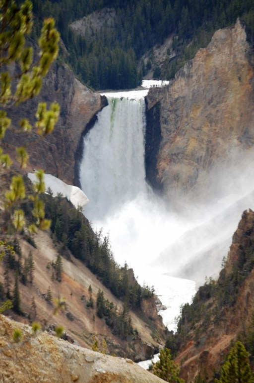 Upper Falls of Yellowstone River from Artist's Point