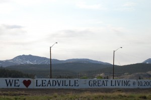 Welcome to Leadville sign