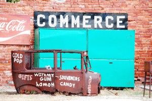 Car Advertising in Commerce, Oklahoma