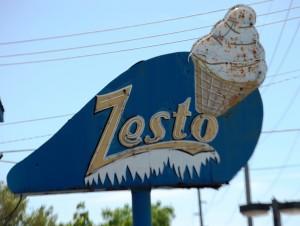 Old Zesto Neon near the Omaha Zoo