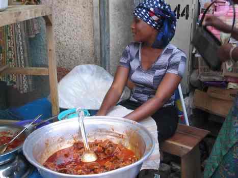Makola Market - selling street food