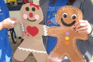 Winter Wonderland Gingerbread Door Decoration Myclroomideascom Decorations House Clroom Ideas