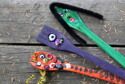 wooden-spoon-monsters-kids-craft