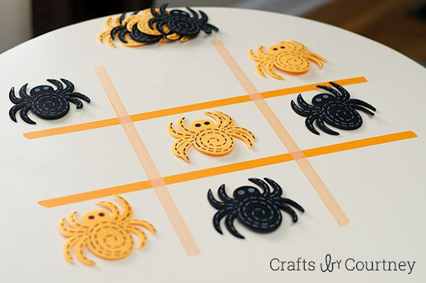 DIY Washi Tape Halloween Tic Tac Toe