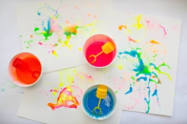http://www.hellowonderful.co/post/DIY-ABSTRACT-BUBBLE-PAINTING-WITH-KIDS